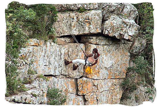 Abseiling from Table Mountain - South Africa Tours, Best Safari Tours of South Africa