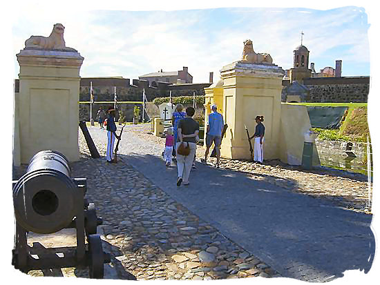 Ceremony of the guards in the front court yard of the Castle of good Hope - Colonial history of South Africa