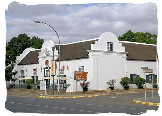 The Drostdy hotel in Graaff-Reinet - Camdeboo National Park (previously Karoo Nature Reserve)