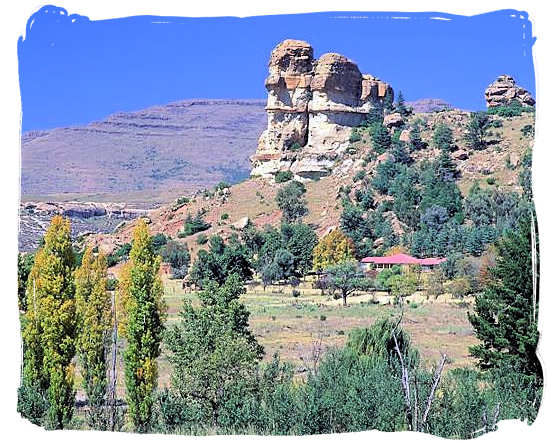 Farmhouse near the town of Clarens - Golden Gate Highlands National Park
