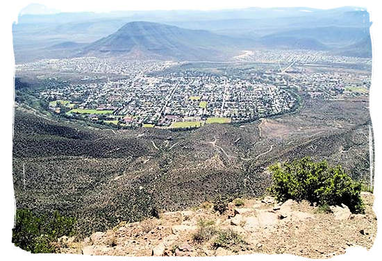 The town of Graaff-Reinette almost encircled by a loop of the Sundays river and the Park itself - Camdeboo National Park (previously Karoo Nature Reserve)