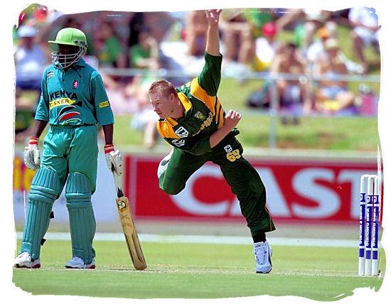 South African allrounder Lance Klusener bowls against Kenya - South Africa cricket
