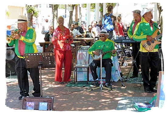 One of the many local bands entertaining the visitors at the V&A Waterfront - Victoria & Alfred Waterfront Cape Town, Table Mountain Backdrop