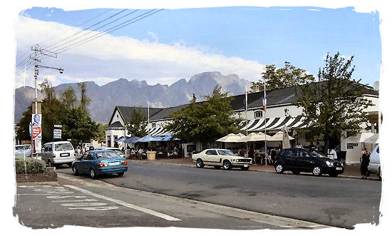 The main street in the town of Franschhoek - The French Huguenots and the Huguenot Museum in South Africa