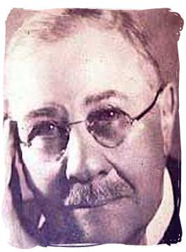 Piet Grobler, minister of lands in 1926