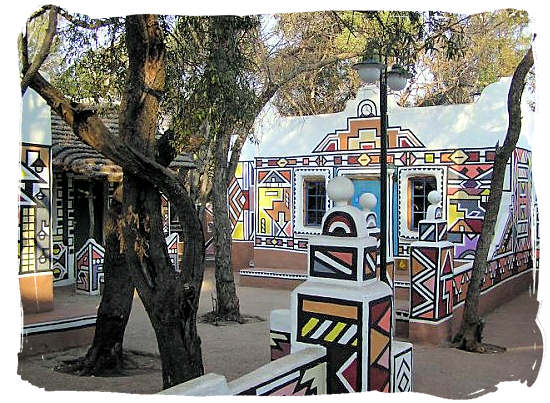 The colourful and bright geometric designs with which the Ndebele beautify their homes - The Ndebele People, Culture and Language