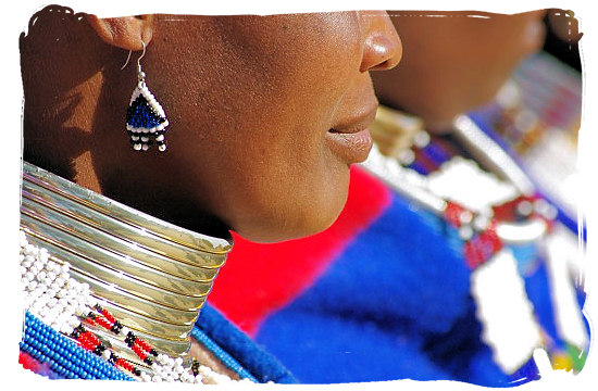 Ndebele woman wearing the thick brass rings around her neck - The Ndebele People, Culture and Language