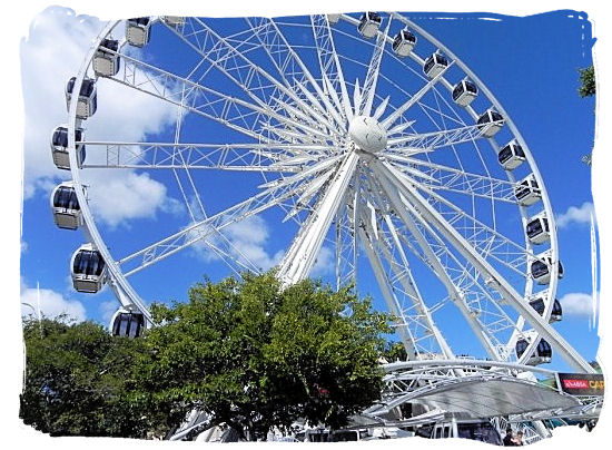 The giant Wheel of Excellence at the V&A Waterfront in cape town - Victoria & Alfred Waterfront Cape Town, Table Mountain Backdrop