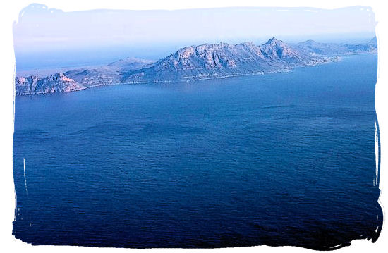 View of the Cape Peninsula on the flight in to Cape Town - Cheap Flights to Cape Town International Airport South Africa