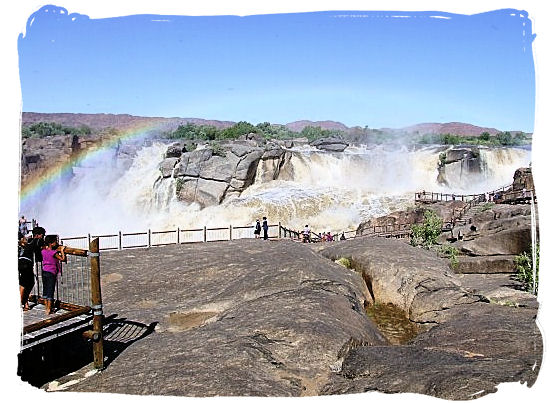 The famous Augrabies Falls - The Kalahari desert, place of breathtaking Kalahari safaris