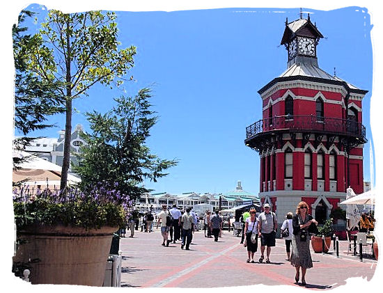 The Clock Tower at the V&A Waterfront in Cape Town - Victoria & Alfred Waterfront Cape Town, Table Mountain Backdrop