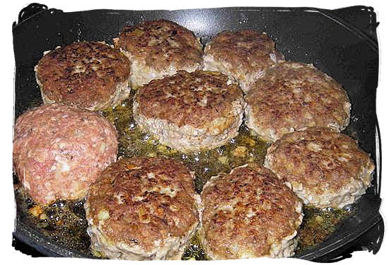 Frikadelle (Meat balls) - South African food adventure, South Africa food