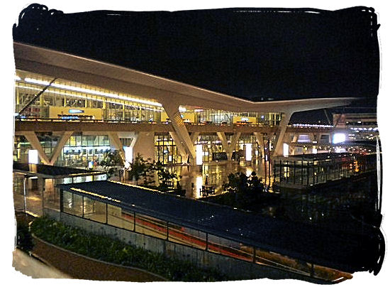 Cape Town International airport's new central terminal building and transit plaza - Cheap Flights to Cape Town International Airport South Africa