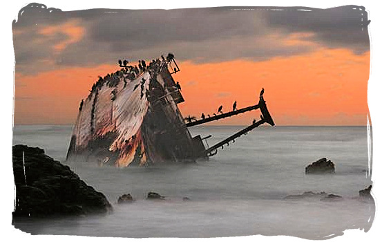 """Wreck of the """"Meisho Maru"""" at the southern tip of Africa"""