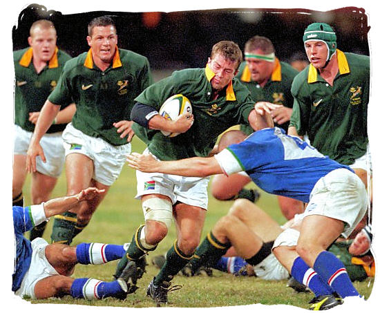Springbok loose forward Corne Krige breaks away in a test match against Italy - Rugby in South Africa and the South Africa rugby team