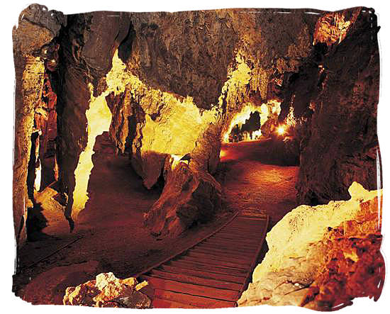 """The interior of the Sterkfontein caves, known today as the """"Cradle of Human Kind"""" near Krugersdorp"""